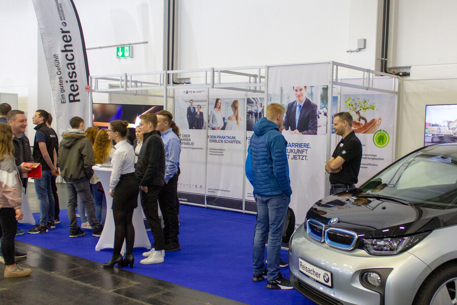 Reisacher bei der Fit for Job!-Messe Augsburg.